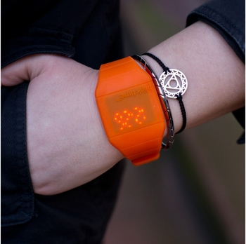 Montre lumineuse LED Blink Tim