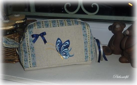 TroussePapillonBleu