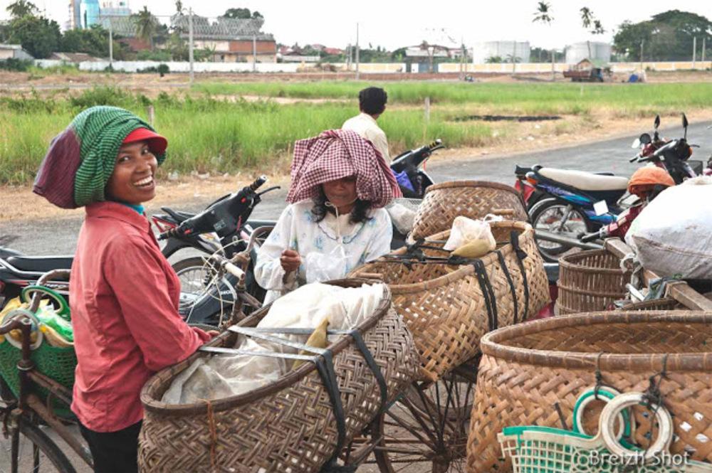Kampong Cham : Les livreuses du marché aux poissons