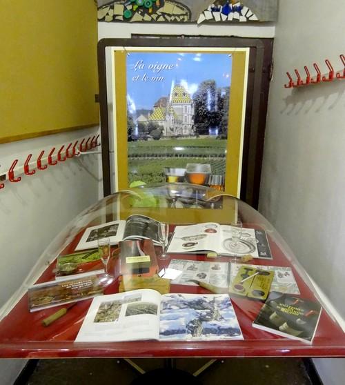 Une exposition sur la vigne à la Bibliothèque Municipale de Châtillon sur Seine