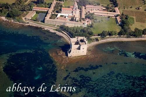 CÔTE D'AZUR : Villes et Villages - de Cannes au pays de Vence.