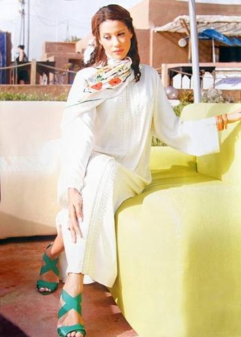 Djellaba-marocain-2015-blanche pour mariée marocaine sur mesure cérémonie jilbab héné DJ-S873