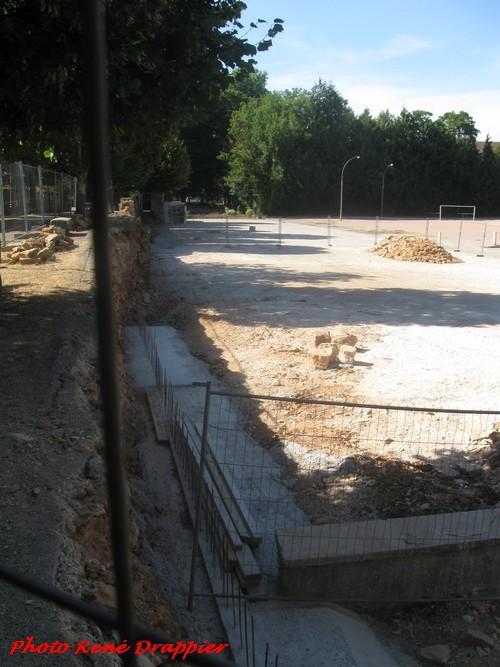 Le vide-grenier de Châtillon sur Seine vu par René Drappier