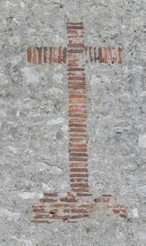 Chapelle Ste Anne d'Aillant - Croix