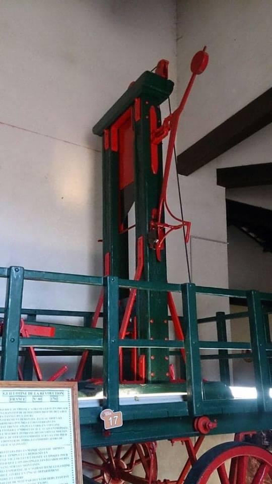 La guillotine, étude macabre....