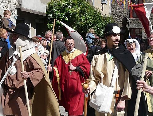 Medievales-Guerande-Pelerins-P1260626.JPG