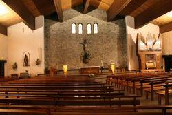 Intérieur de l'église Sate Foy