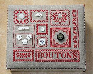 196 - boîte à boutons 3