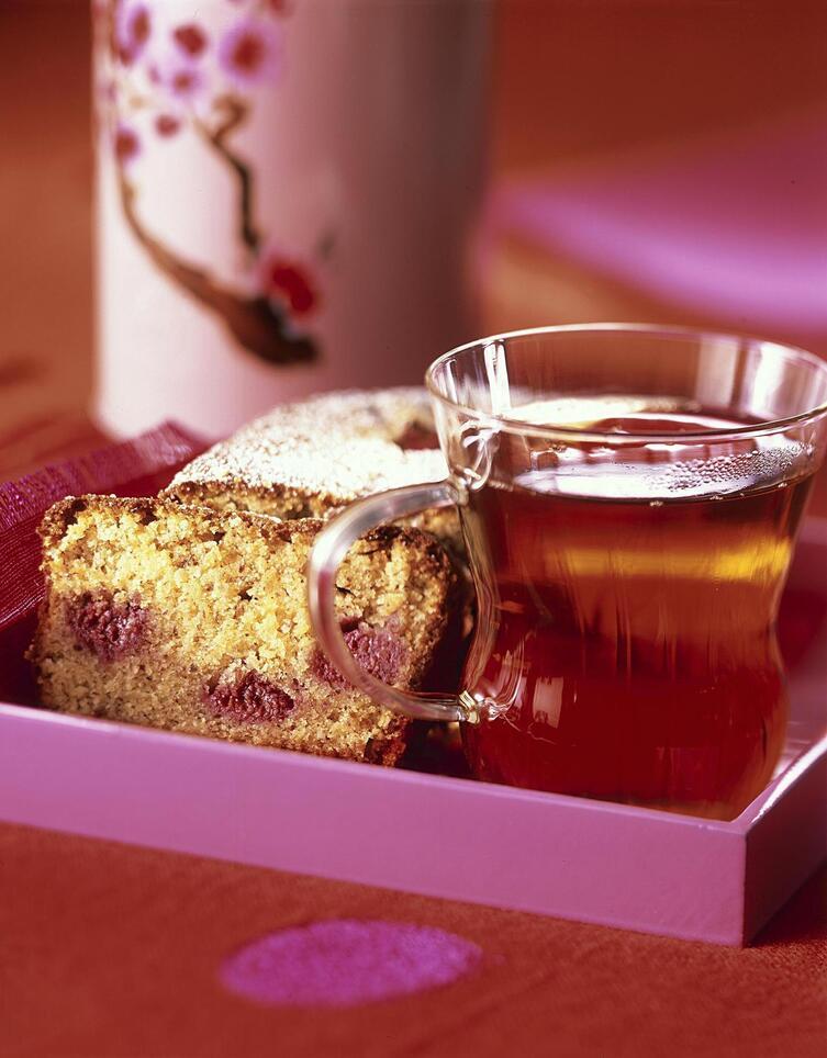 """Résultat de recherche d'images pour """"Cake au citron, amandes et framboises"""""""