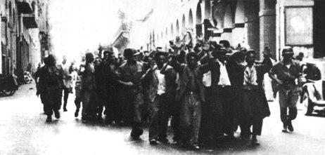 arrestation de masse à Philippeville après les évenements du 20 août 1955
