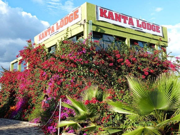 un bel hôtel, le Kanta lodge à Konso