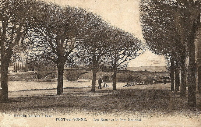 """Les arbres en ville - à Pont-sur-Yonne """"Les Buttes"""""""