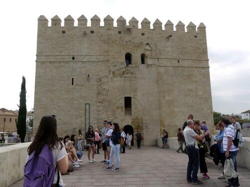 La tour côté pile