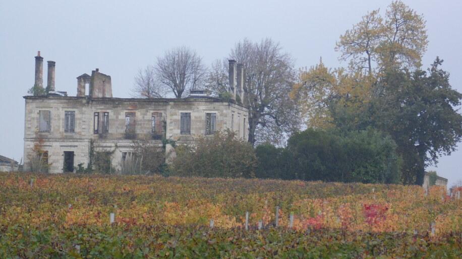 Vieux Château Branon !                          06 12