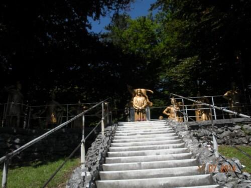Lourdes - Le chemin de Croix