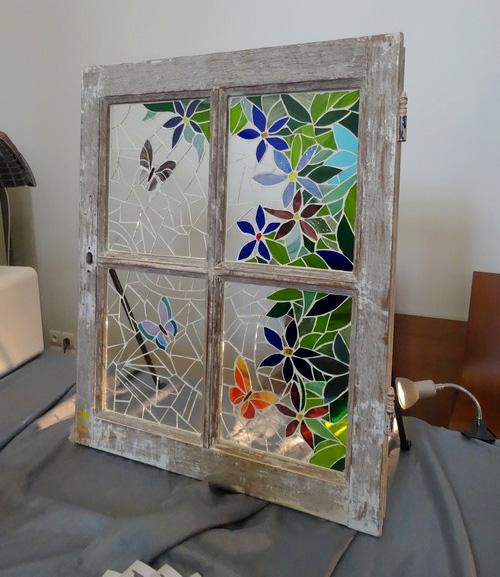 """Un stage de"""" vitrail Tiffany"""" a été proposé par les Amis du Musée du Pays Châtillonnais...."""
