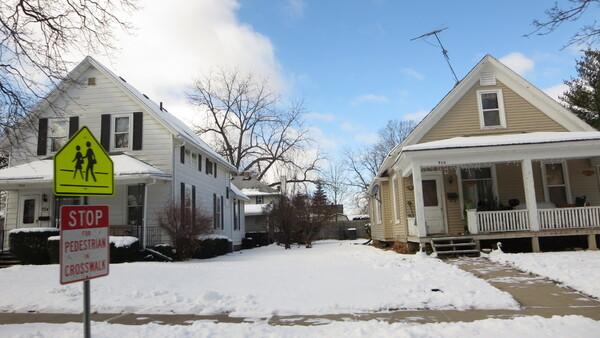 Une balade dans le quartier d'hiver dans le Nord des Etats Unis.