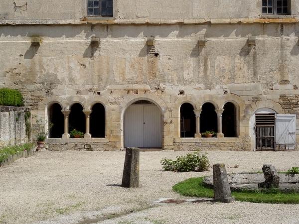 L'abbaye d'Oigny