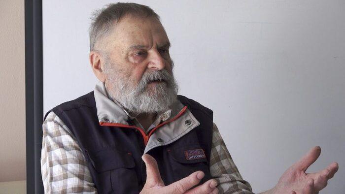 """Rencontre avec Jean Mollard : sa terrible conclusion """"Au cours de la seconde guerre mondiale j'avais peur des soldats allemands, en Algérie c'est de moi qu'on avait peur, je n'ai jamais oublié"""