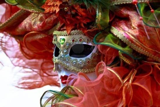 8865856-masque-portraiti-carnaval-de-venise