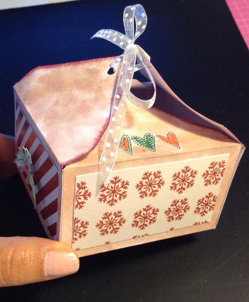 Boite de chocolats avec outil enveloppe