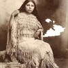 Annie. Kiowa. 1898. Photo par JE Irwin. Chickasha, Oklahoma. Source - Yale Collection of Western Ame