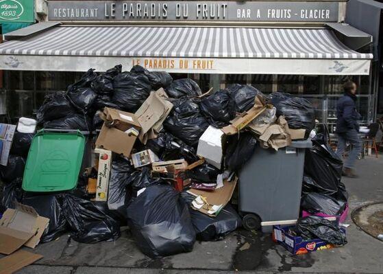 A Paris, le 7 octobre.