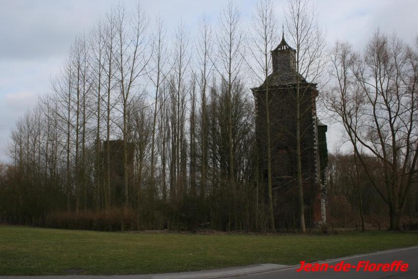 17. Le château de Farciennes