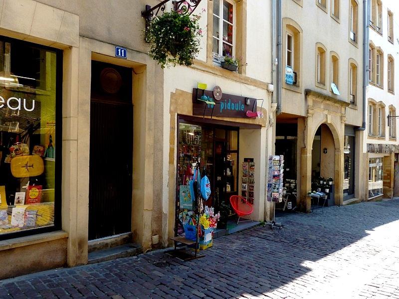 Metz / La rue Taison est un village...