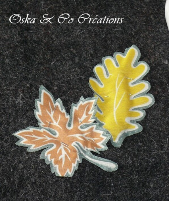 coussin en drap de laine avec appliqué de feuille-copie-1