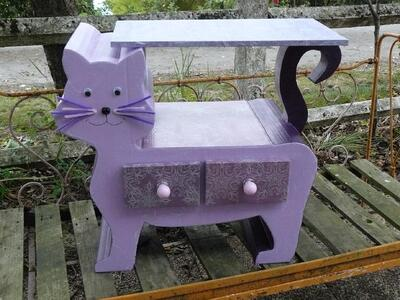 Table de chevet : Chat