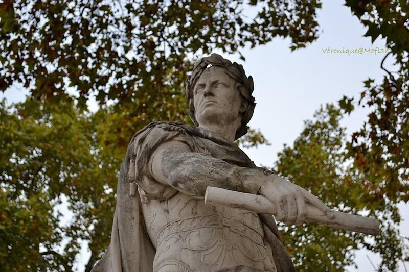 Jardin des Tuileries : Jules César de Nicolas Coustou - 1722 -