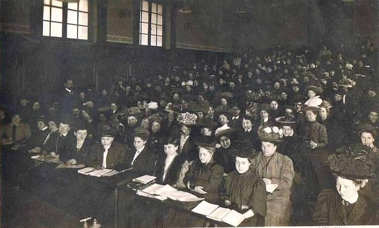 (Paris. La Sorbonne. Cours années 1900).