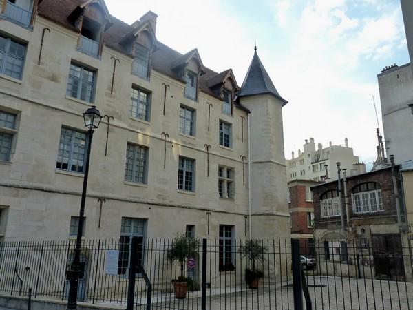 91 - Hôtel de la Reine Blanche