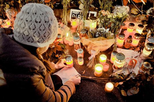 Neuf raisons de se poser des questions sur les attaques terroristes de Paris
