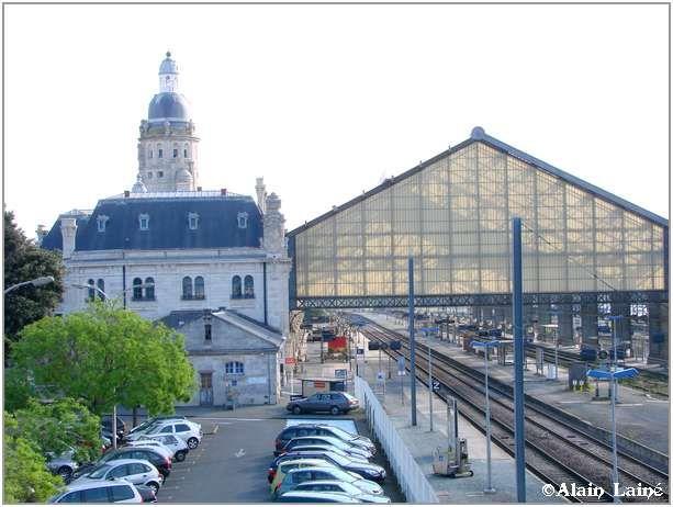 Gare_La_Rochelle_Mai08_1
