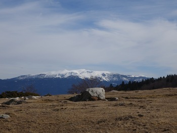 Peu avant l'arrivée, panorama sur le massif du Madres