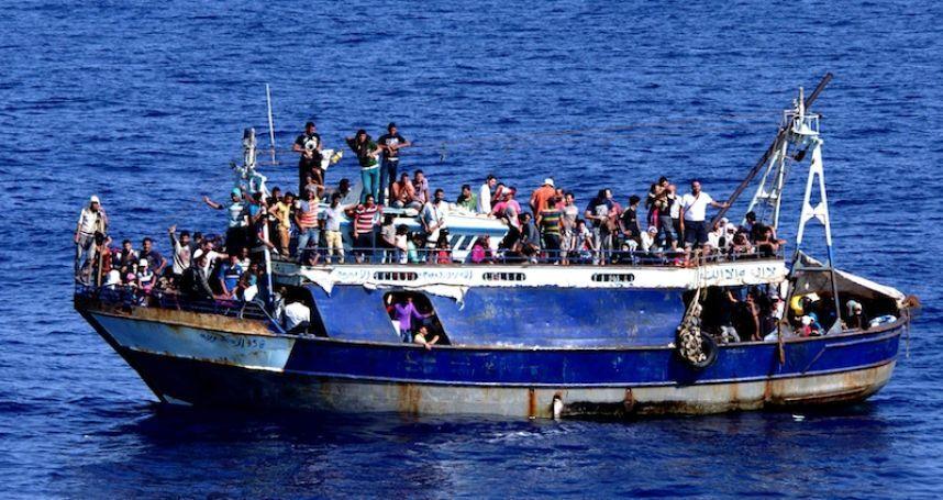 """""""Si vous engagez des forces armées en Libye, nous vous envoyons 500.000 migrants""""."""