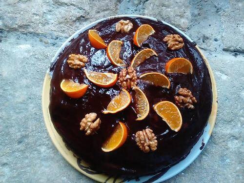 Gâteau à la clémentine, aux noix et au chocolat {Vegan}