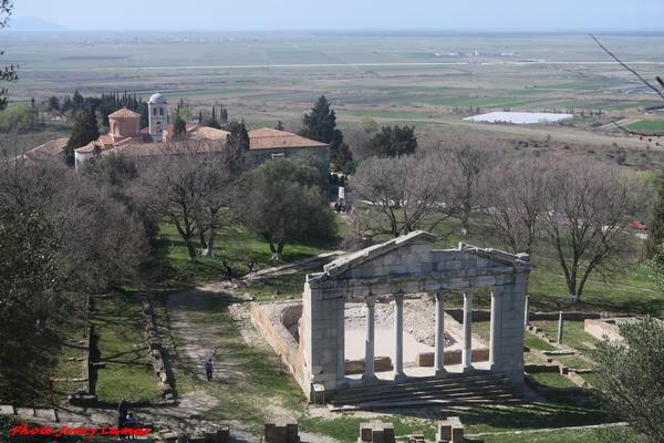 De Vix à Apolonia d'Illyrie, un parcours  belles découvertes pour Jenry Camus...