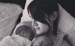 Née homme sans organes, elle devient mère