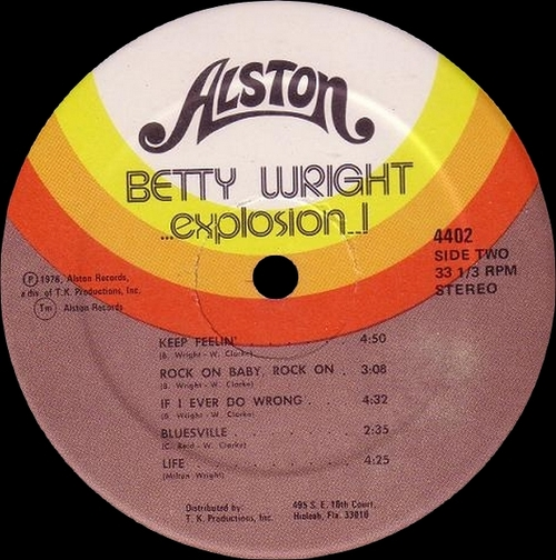 "Betty Wright : Album "" Explosion "" Alston Records 4402 [ US ]"