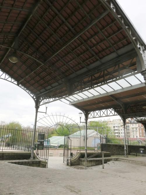 Les anciens abattoirs de Vaugirard et le parc Georges-Brassens