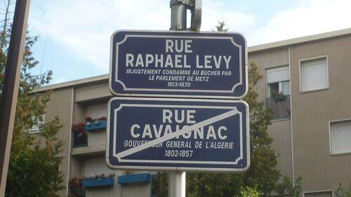 Méchant Cavaignac, gentil Lévy