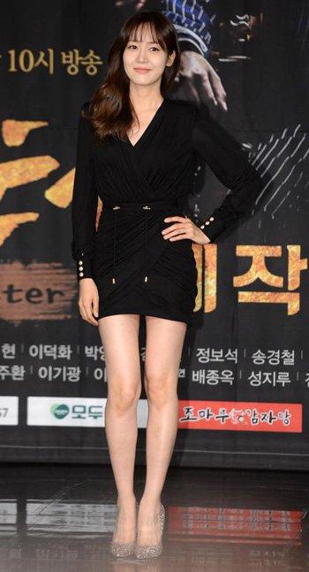 Sung Yuri et Soo Hyeon à la conférence de presse de Monster