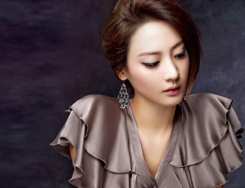 Kim Soo Hyun pour Instyle