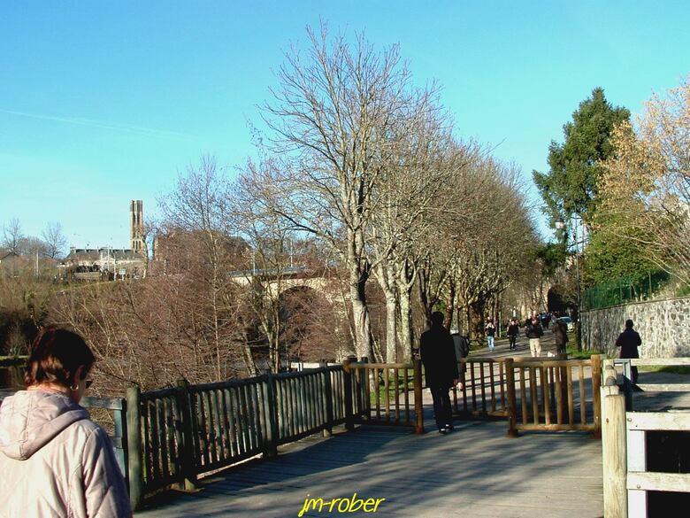 Limoges: Un jour de Printemps sur les bords de Vienne ce 12 janvier 2014