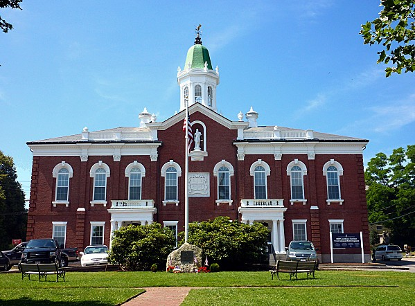Plymouth-Courthouse.jpg