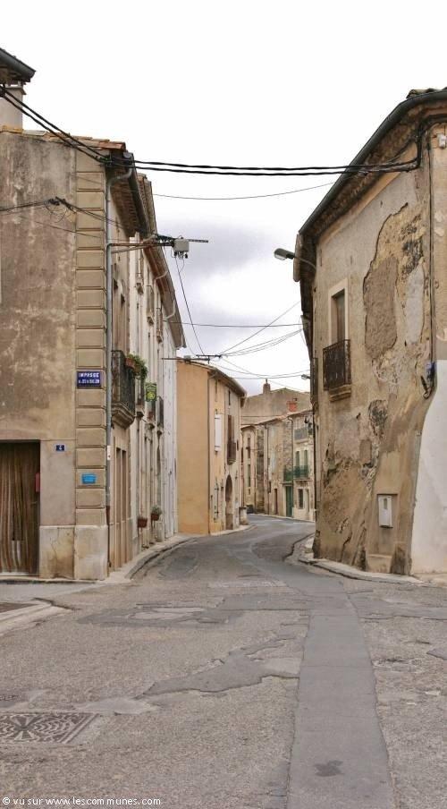 """Résultat de recherche d'images pour """"Photos du village de Caux dans l'herault"""""""