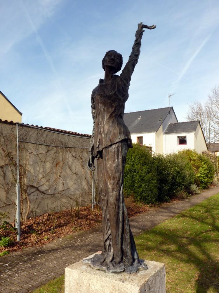 Statue de Barbara
